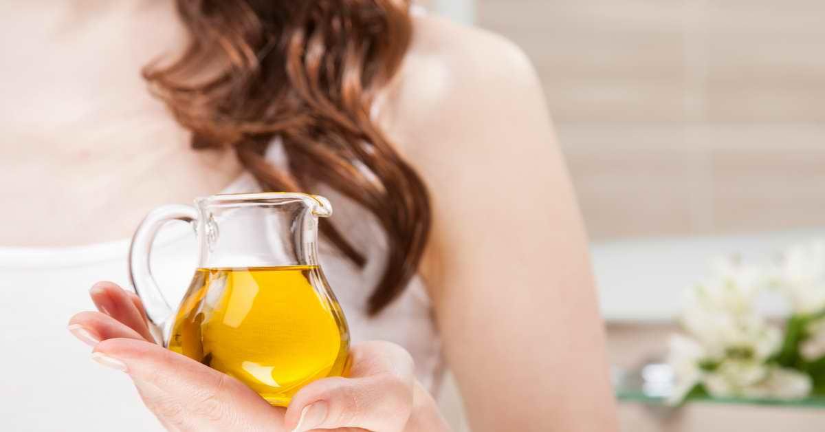 Huile de ricin : le soin absolu pour vos cheveux abimés, secs ou fourchus