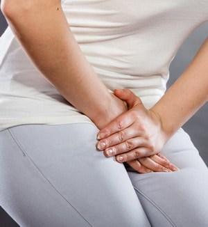 La palmarosa est particulièrement efficace sur les infections uro-génitales : cystites, mycoses, vaginite, utérite